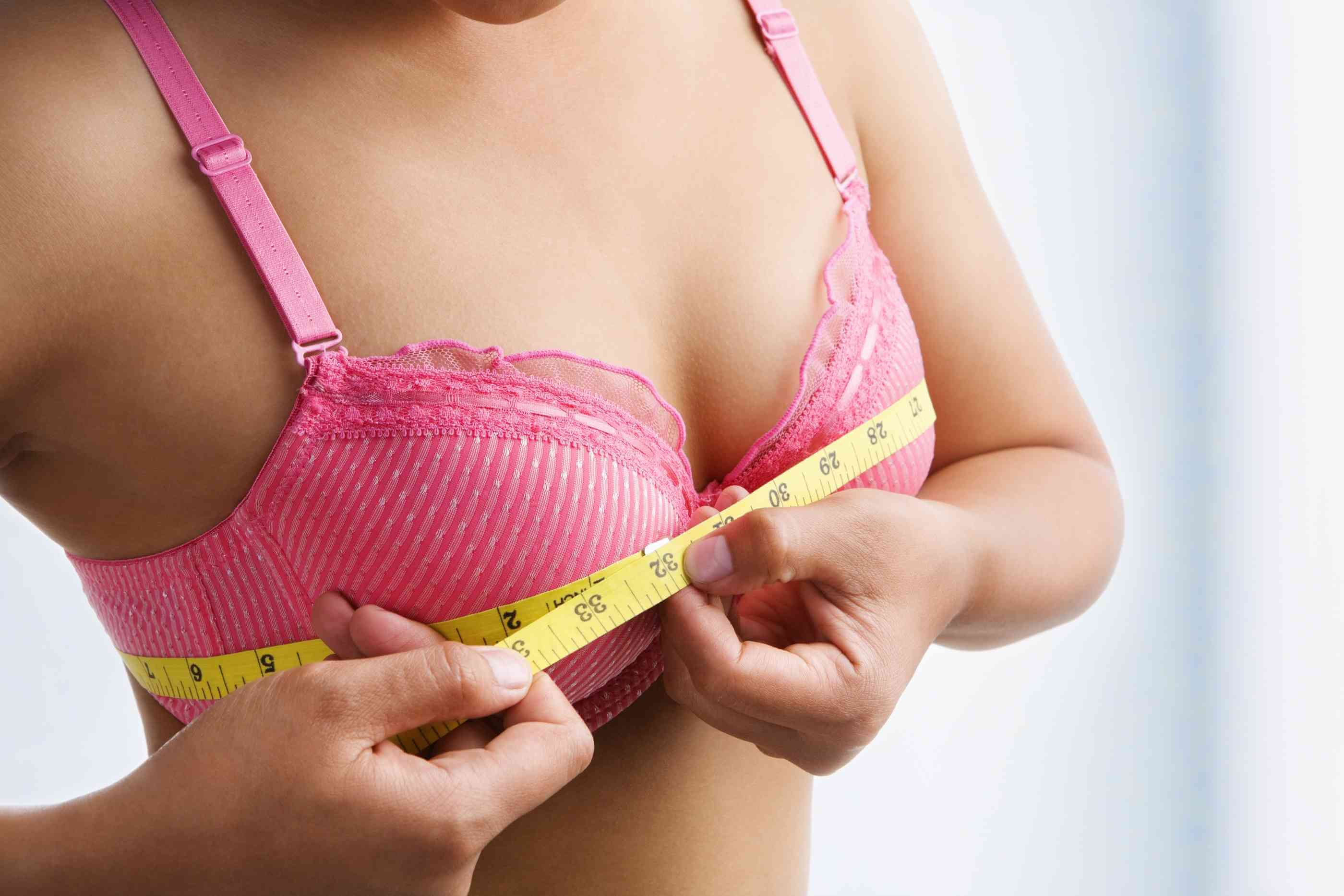 """cách nâng ngực """"Điểm mặt"""" những cách nâng ngực an toàn, hiệu quả"""
