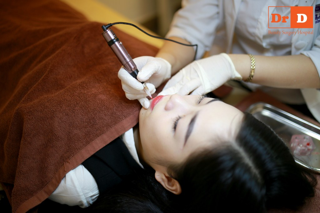 phun-xam-mau-moi (2) Phun xăm màu môi