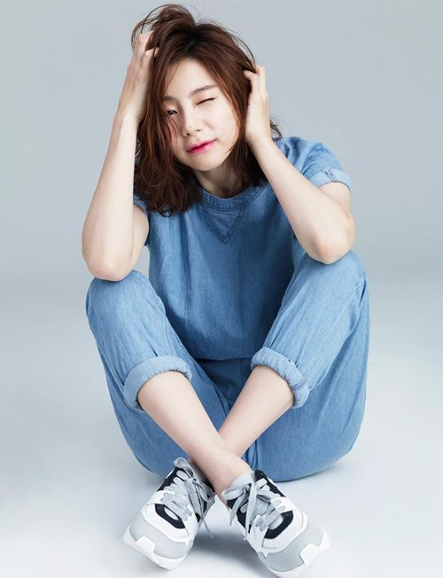 Vợ sắp cưới của Bae Yong Joon trẻ như gái teen Vợ sắp cưới của Bae Yong Joon trẻ như gái teen