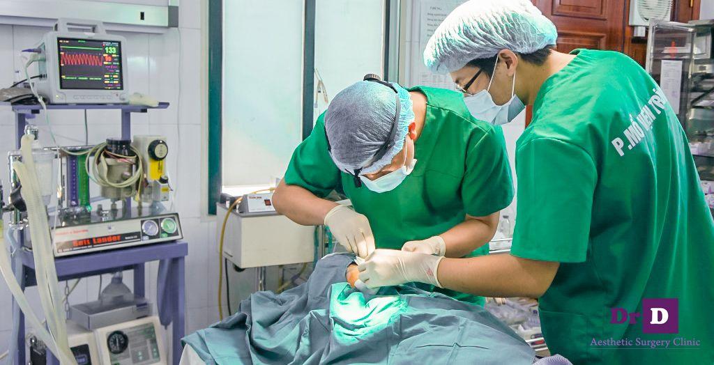 tang-10-trieu-nang-mui-sline-tai-tham-my-bac-si-dien (2) Tặng 10 triệu khi nâng mũi S line tại Thẩm mỹ Bác sĩ Điền