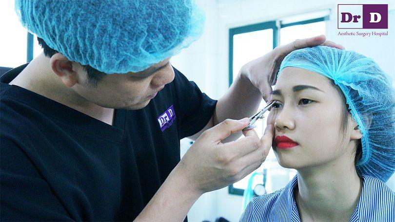 di-tim-ve-dep-hoan-hao-2 Cùng Viện thẩm mỹ Bác sĩ Điền đi tìm vẻ đẹp hoàn hảo