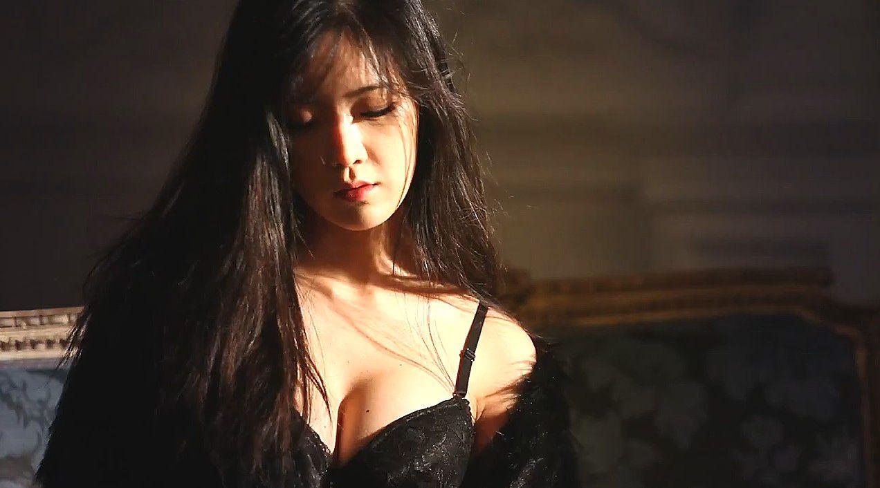 Cải thiện ngực chảy xệ căng tròn như tuổi đôi mươi Cải thiện ngực chảy xệ căng tròn như tuổi đôi mươi