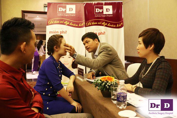 rinh-qua-khung-don-noel-cung-vien-tham-bac-si-dien Rinh quà khủng đón Noel cùng Viện thẩm mỹ Bác sĩ Điền