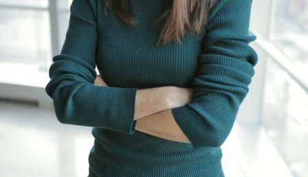 5 bí quyết giữ ngực tròn căng cho chị em công sở 5 bí quyết giữ ngực tròn căng cho chị em công sở