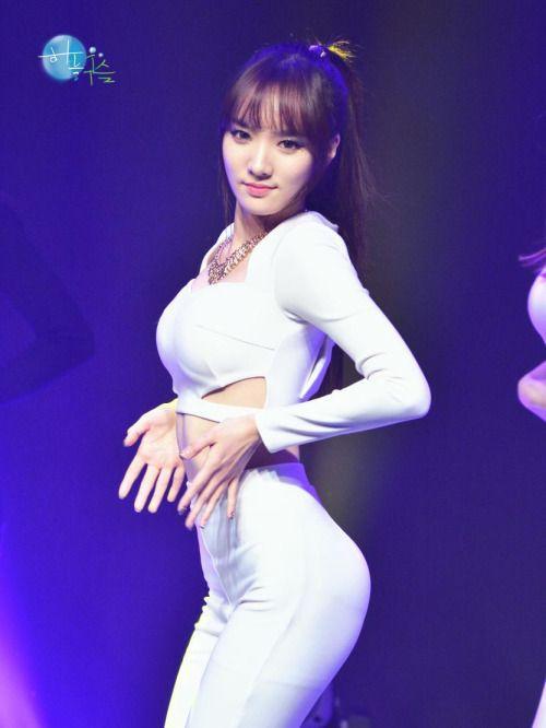 ngam-vong-3-nong-bong-cua-my-nhan-kim-chi (17) Ngắm vòng 3 nóng bỏng của mỹ nhân Kim chi