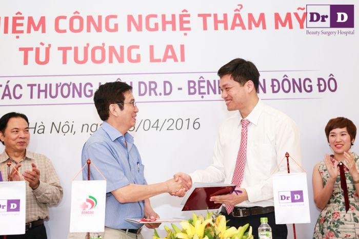 thuong-hieu-dr-d-va-benh-vien-dong-chinh-thuc-ky-hop-dong-hop-tac (3)
