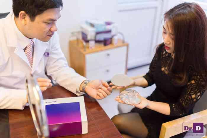 Khách hàng được gặp gỡ và tư vấn trực tiếp Trải nghiệm công nghệ thẩm mỹ hiện đại, nhận quà tỷ đồng