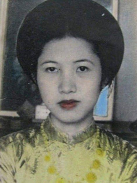 ve-dep-hoac-giai-nhan-cua-nu-ha-thanh-dau-ki-20 Vẻ đẹp mê hoặc nam nhân của mỹ nữ Hà thành đầu thế kỉ 20