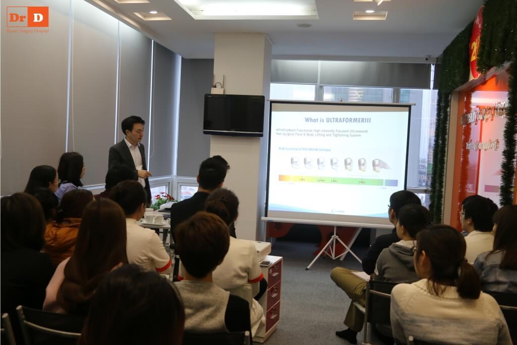 anh-hoc-5 Chuyên gia nước ngoài đào tạo công nghệ: Nâng cơ và Giảm béo cho nhân viên DrD