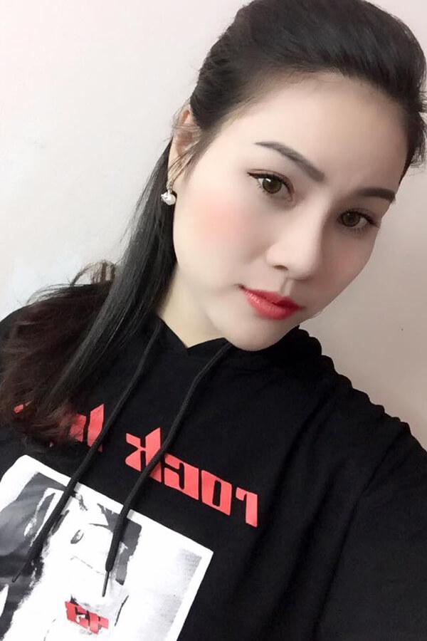 """Le-Ngoc-Nhu-Mai-mui-S-line-1 Nhân ngày gia đình Việt Nam, hãy """"làm đẹp cho mình – trẻ sang cho mẹ"""""""