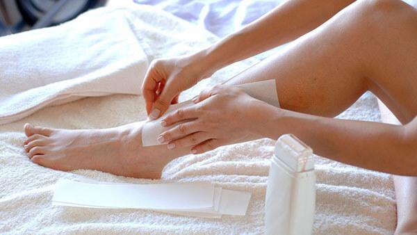 wax-long-2 Những sai lầm khi Waxing vừa hại da, vừa khiến lông mọc nhiều hơn