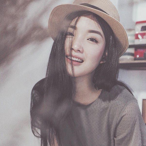 """""""Mê mệt"""" phong cách trang điểm của hotgirl Thái"""