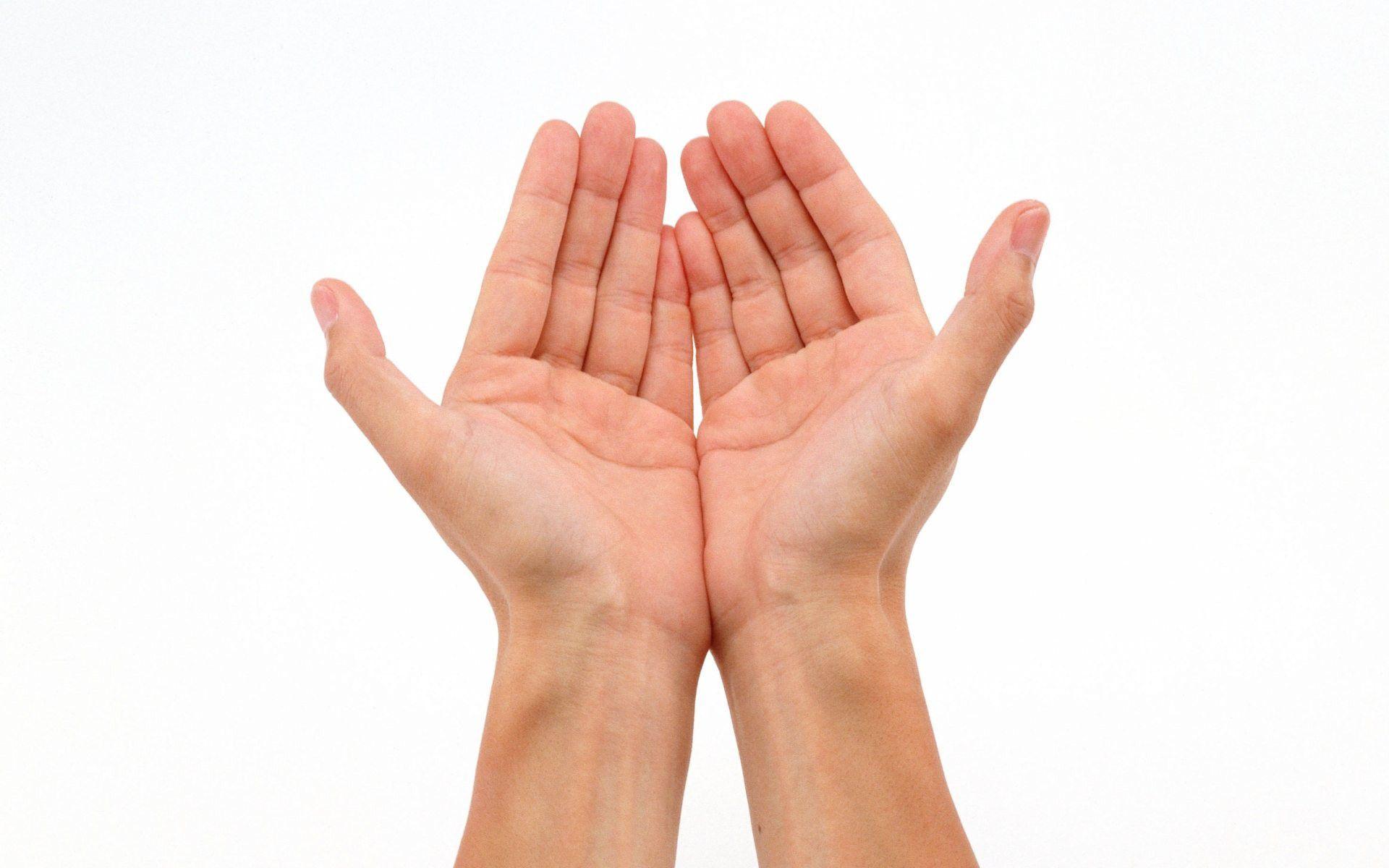 Điều trị mồ hôi tay bằng tinh chất thư giãn cơ