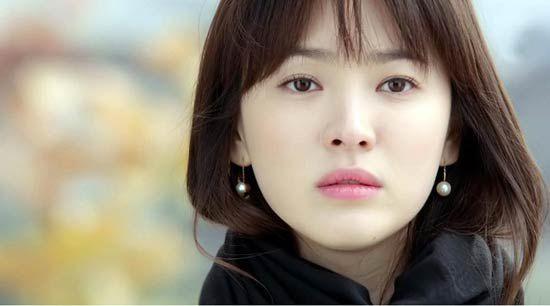 """Làm sao để """"trẻ mãi không già"""" như nữ thần Song Hye Kyo"""