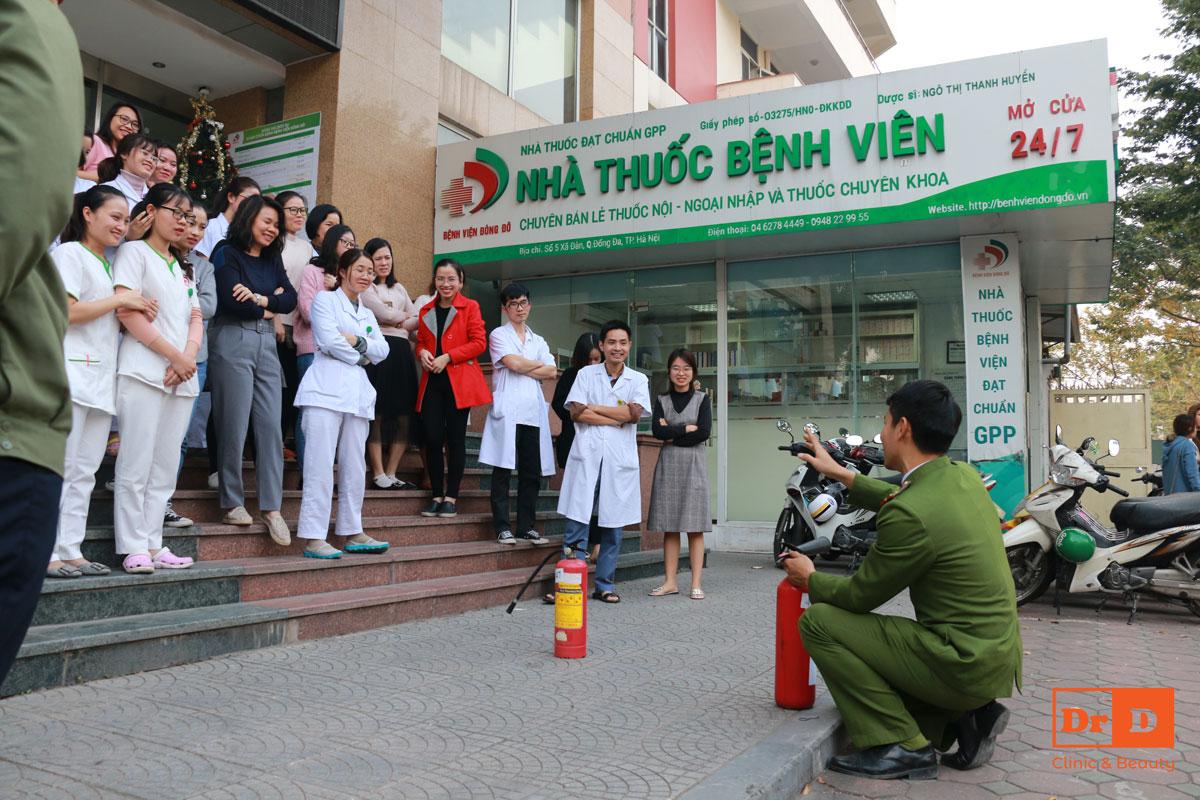 Toàn thể nhân viên được huấn luyện quy trình chữa cháy