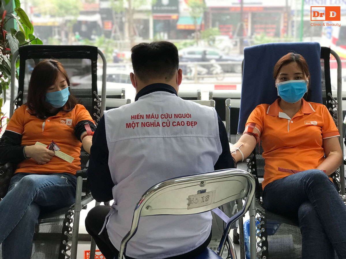 Bác sĩ Lê Hữu Điền - Đầu tàu gương mẫu đi hiến máu